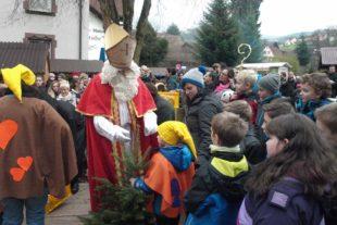 Märchenhafter Weihnachtsmarkt lockte tausende Besucher