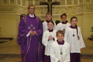 Fünf neue Ministranten für die Pfarrkirche