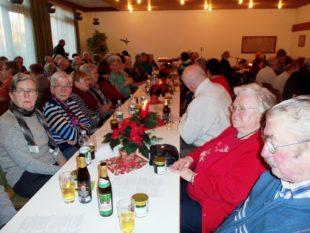Senioren des Altenwerks feierten eine Adventsbesinnung