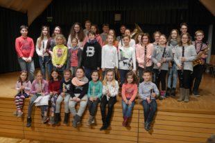 Unterentersbacher Zöglinge gestalteten klangvolles Elternvorspiel