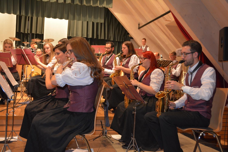 2016-12-3-22-16-14-ue-hps-musikvereinunterentersbach-nikolauskonzert2016-dsc_2107