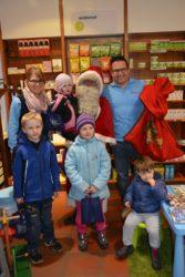 Nikolaus beschenkte  viele Kinder
