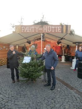 »Schwarzwald-Tanne« für das Rathaus der Partnerstadt Frauenstein