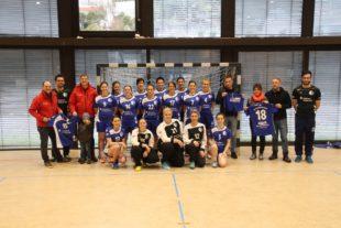 Neue Trikots für die FVU-Handball-Damen