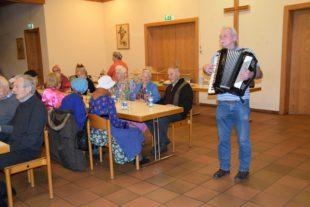 Nordracher Seniorennachmittag mit närrischen Einlagen