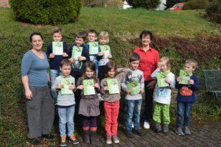 Bibliotheksführerscheine an die Schulanfänger verliehen