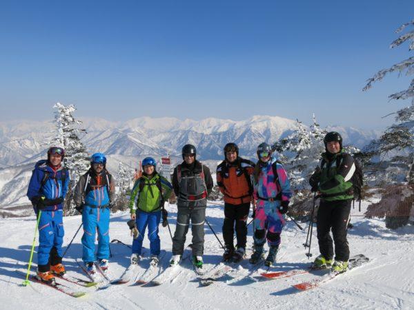 »Go exploring and freeriding«: Unvergessliche Skisafari durch Japan