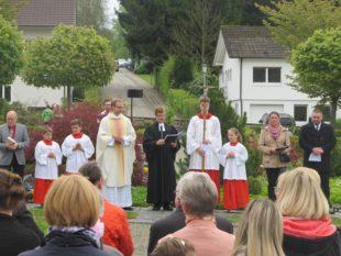 Gläubige begehen Reformationsjahr mit ökumenischer Osterandacht