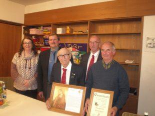 Alfons Hug für 60-jährige Mitgliedschaft geehrt