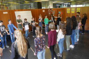 Eine etwas andere Musikstunde im Zeller Bildungszentrum