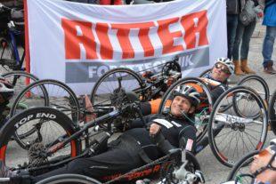 Handbiker Christoph Künstle trug sich beim Heimrennen in die Siegerliste ein