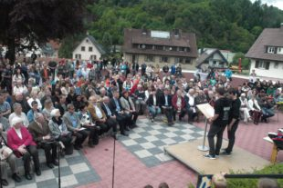 Buntes Fest zum 50-jährigen Schuljubiläum
