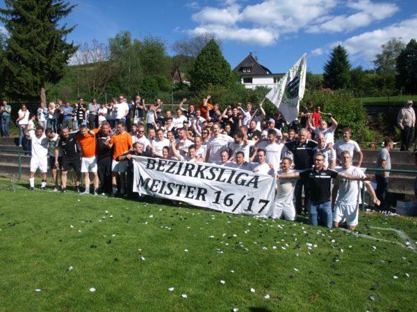 SV Oberharmersbach feiert Aufstieg in Landesliga