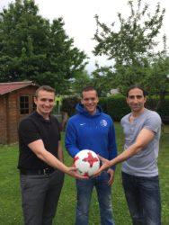 Norbert Laifer und Marco Schlieter spenden den FVU-Spielball