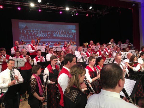 Musikverein Unterharmersbach  auf Konzertreise in Frankreich