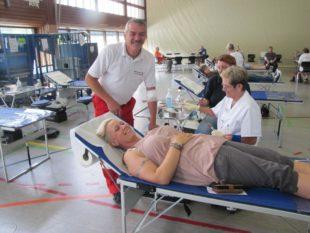 288 Personen kamen zum Blutspenden