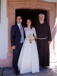 Adrian und Selina Schledorn feierlich von Bruder Jeremias in Unterentersbach getraut