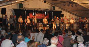 Beste Unterhaltung beim Dorffest der Musik