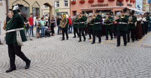 »Stadtkapelle und Bürgerwehr on tour« beim Landestreffen in Villingen