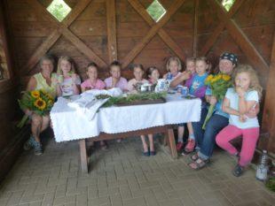 Kinder waren mit Heike Kößler und Monika Heizmann kreativ