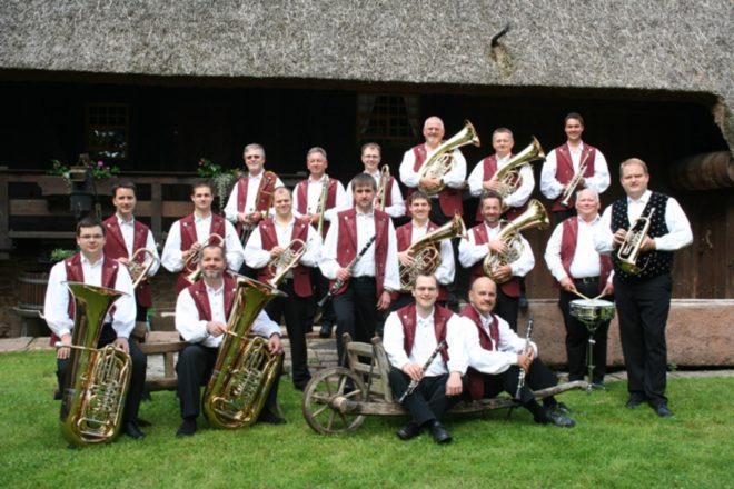 »Schwarzwaldmusikanten« sorgen für Stimmung