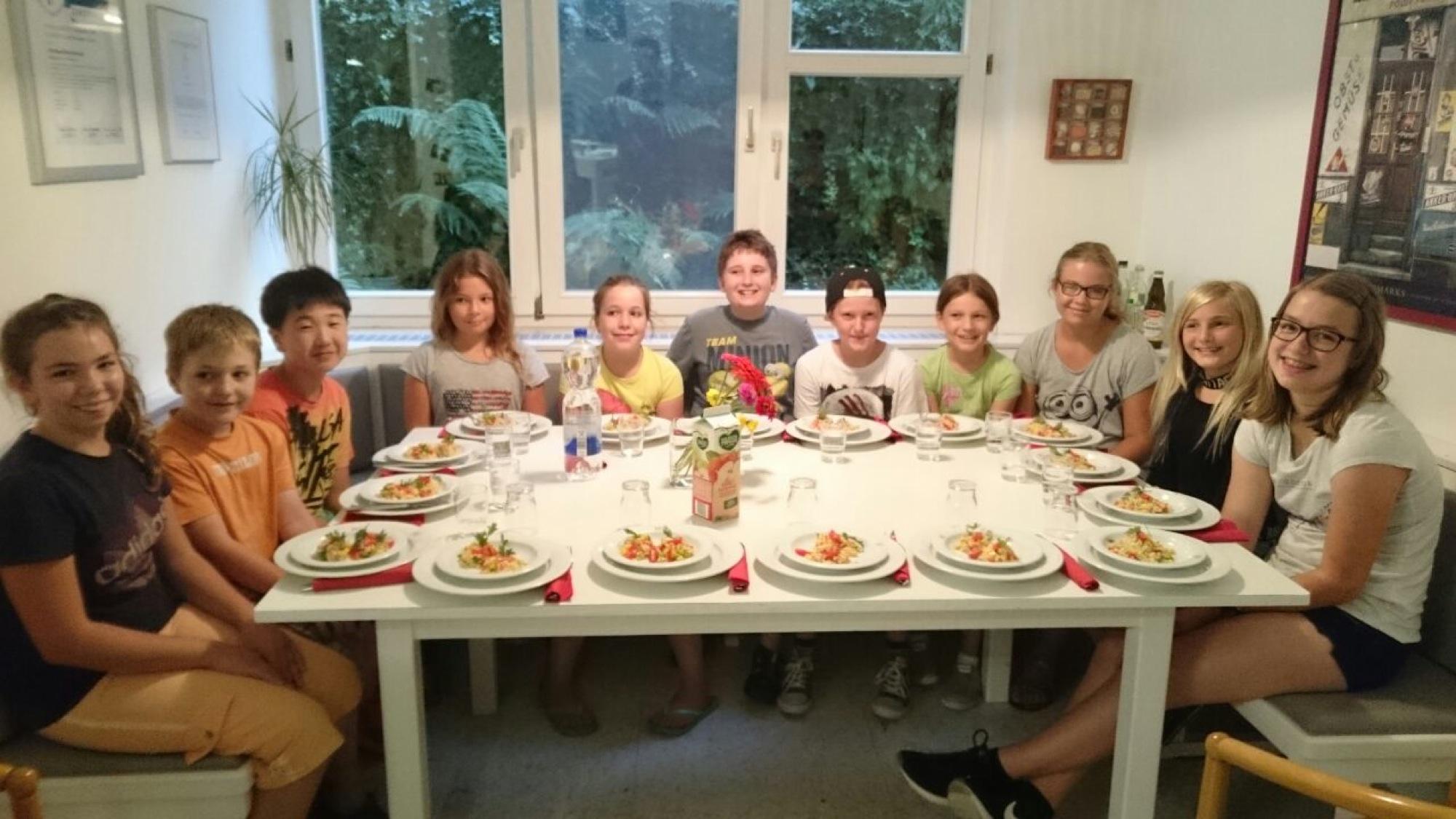 Das Perfekte Dinner Mit Den Landfrauen Schwarzwälder Post