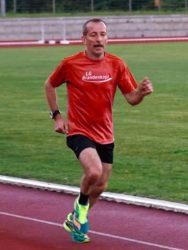 Werner Schwörer gewinnt Halbmarathon