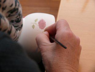Handbemalte Schälchen mit Chrysanthemen