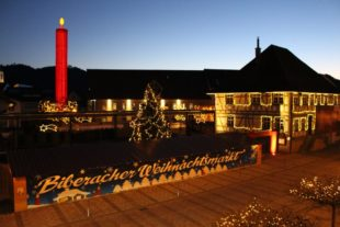 Biberacher Weihnachtsmarkt im Kerzendorf