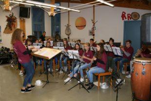 Jugendblasorchester machte Anfängern Appetit auf Musik