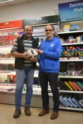 Papierhaus Bechert sponsert Spielball