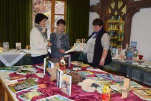 Kunst und Bücher im Pfarrheim