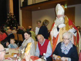 Sankt Nikolaus bescherte die Gäste am Nikolaustag