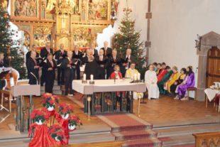 Alpenländischen Volkweisen in der Pfarrkirche zum Dreikönigstag