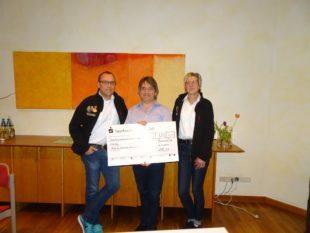 3.333 Euro für krebskranke Kinder gespendet