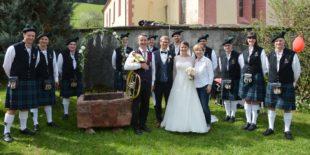 Mit viel Musik starteten Karen und Martin Obergföll ins Eheleben