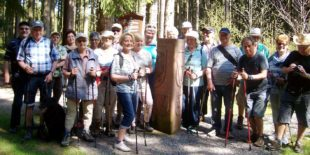 22 WuF-Senioren waren bei den Höhenhäusern unterwegs