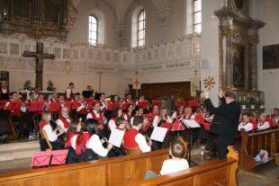Besuchern ein facettenreiches Kirchenkonzert geschenkt