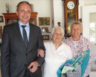 Martha Riebl feiert 96. Geburtstag