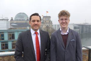 Gymnasiast Lars Müller erlebte eine spannende Woche im Bundestag