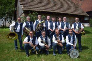 Internationale Musik und Kulinarik beim Sommerhock der Stadtkapelle