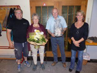 Gesangverein »Frohsinn« gratuliert Heinrich Huber zum 80. Geburtstag
