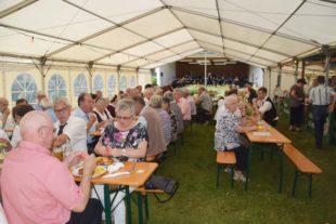 Viele Gäste bei Sommerfest des Sportkegelclubs
