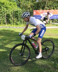 Mountainbiker Markus Sell gewinnt das Auftaktrennen