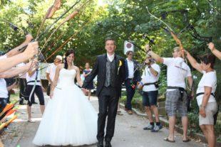 Mit Pfeil und Bogen ins Eheglück