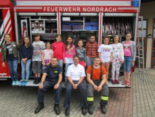 Schüler lernen für den Ernstfall  von der Feuerwehr Nordrach