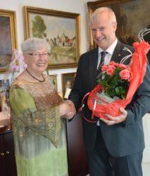 Zahlreiche Glückwünsche für Helga Schippers