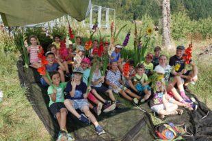 24 Kinder beim Pfadfindertag auf den Biberacher Blumenfeldern