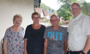 Jutta und Gerhard Thron für jahrzehntelange Treue zu Nordrach geehrt