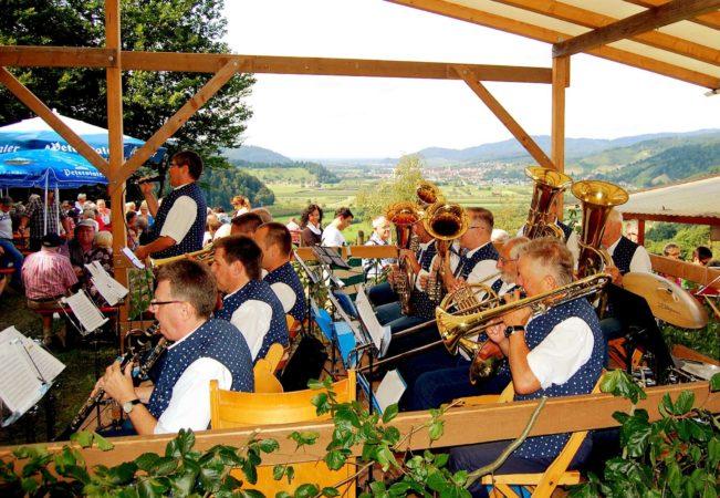 Zeller Musikanten beim 41. Paulischanzfest